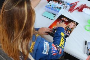shea-racing-gallery-fans-1